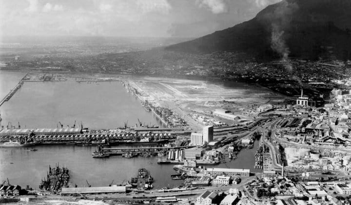 Early Day of Cape Town Harbour